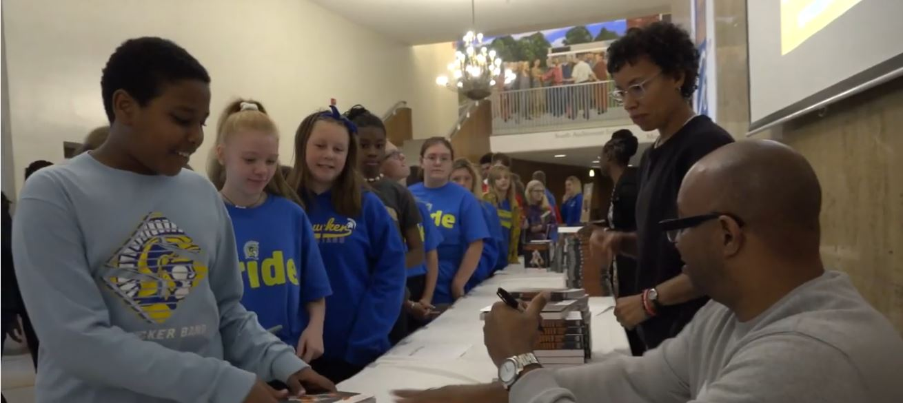 SMS students meet Kwame Alexander