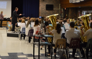 Band and Choir perform at the SMS Veterans Day program